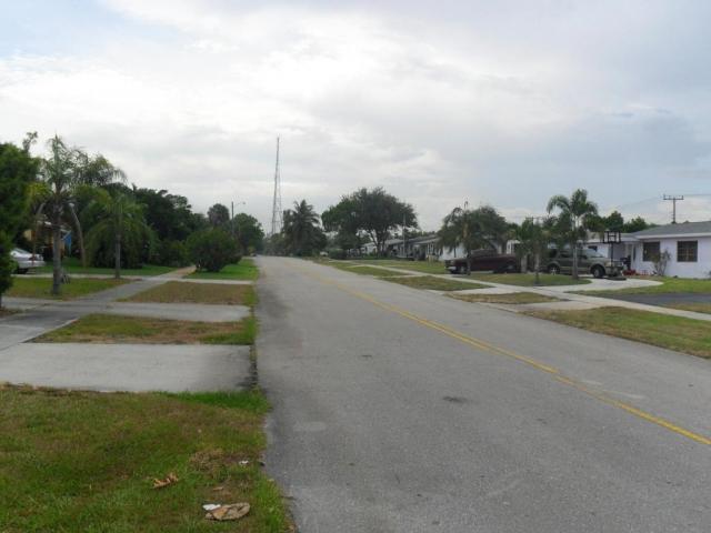 730 Ilex, Lake Park, FL - USA (photo 1)
