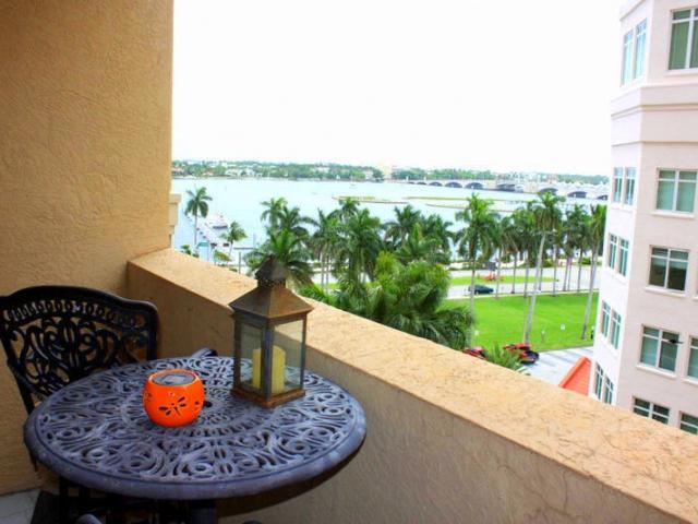 255 Evernia 506, West Palm Beach, FL - USA (photo 3)