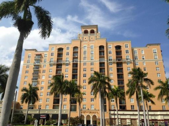 651 Okeechobee 1101, West Palm Beach, FL - USA (photo 1)