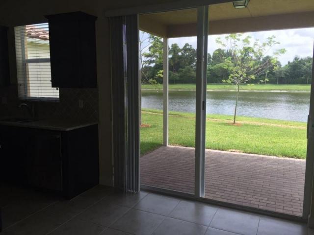4766 Capital, Lake Worth, FL - USA (photo 5)