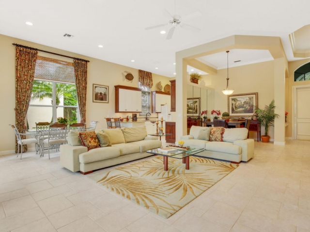 8174 Spyglass Dr, West Palm Beach, FL - USA (photo 3)