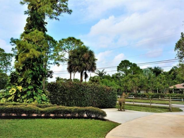 8814 Pinto, Lake Worth, FL - USA (photo 2)