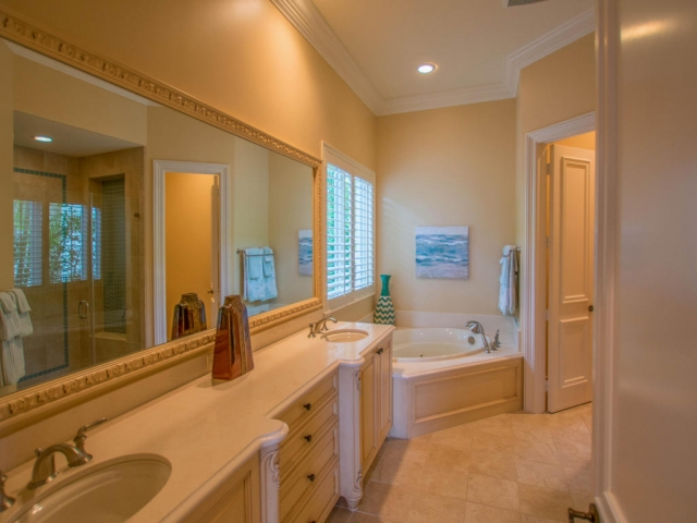 673 Hermitage, Palm Beach Gardens, FL - USA (photo 3)