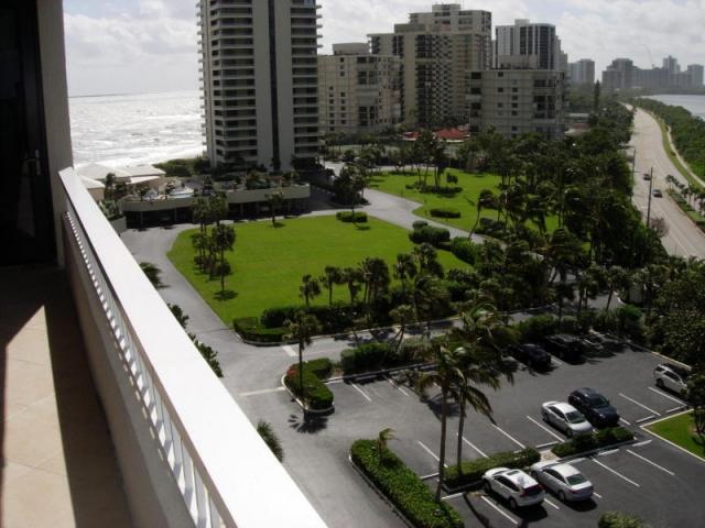 5550 Ocean 9 D, Singer Island, FL - USA (photo 1)