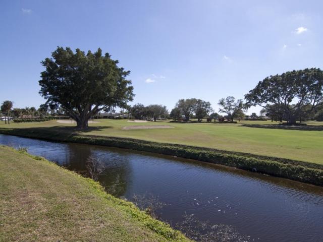 229 Country Club, Atlantis, FL - USA (photo 5)