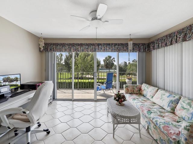 801 Lake Shore Drive 219, Lake Park, FL - USA (photo 4)