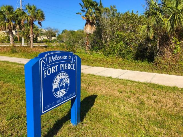 1 Blue Heron Boulevard, Fort Pierce, FL - USA (photo 1)