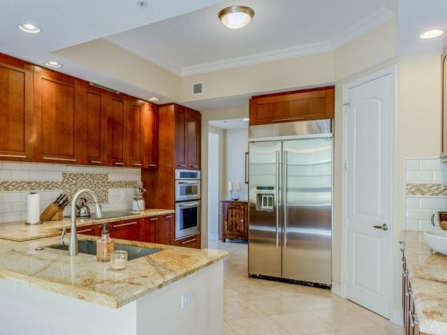 701 Olive 1803, West Palm Beach, FL - USA (photo 3)