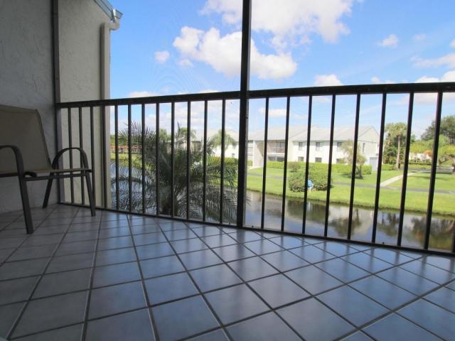 1117 Green Pine G2, West Palm Beach, FL - USA (photo 1)