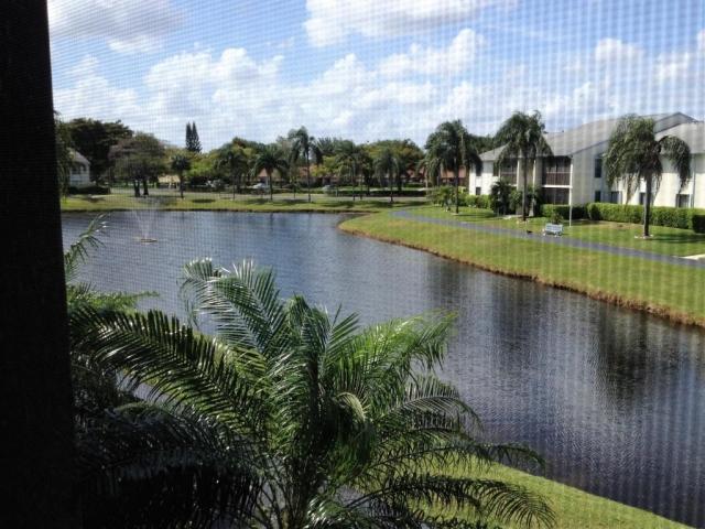 1117 Green Pine G2, West Palm Beach, FL - USA (photo 3)