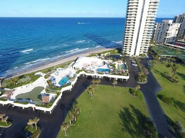 5510 Ocean 10 B, Riviera Beach, FL - USA (photo 1)