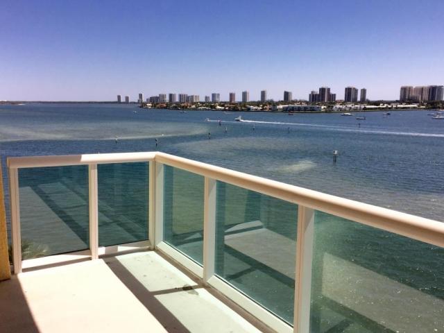 2640 Lake Shore 814, Riviera Beach, FL - USA (photo 1)